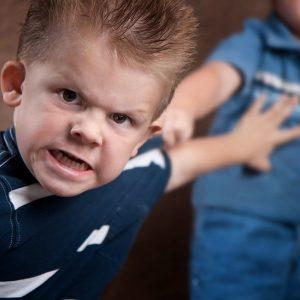 Детская агрессия: поиск причины, советы и рекомендации родителям и возможные последствия