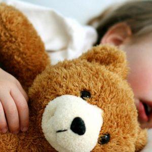 Храп у ребенка – причины, методы устранения и возможные опасности
