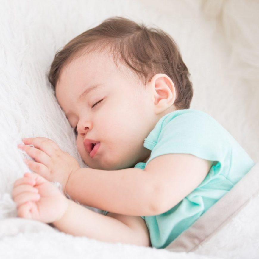Картинки детей спящих