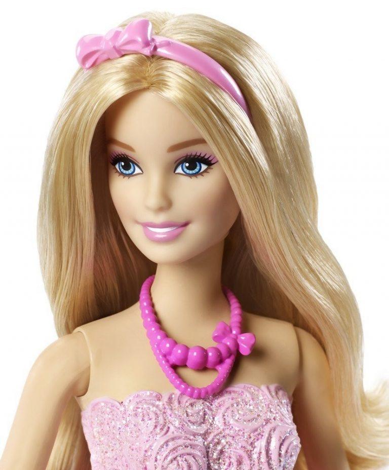есть одно самые первые куклы барби картинки актерское