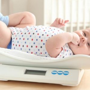 Норма веса ребенка: таблицы роста и нормы ВОЗ от рождения до совершеннолетия