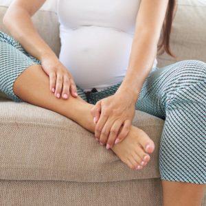 Отеки при беременности – как снять и чем опасны сильные отеки рук и ног у беременных