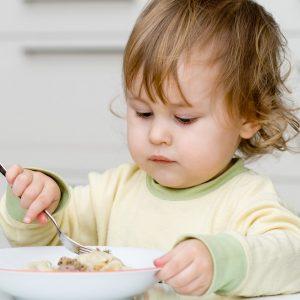 Питание ребенка 1 год 1 месяц: рацион, меню, популярные продукты и блюда
