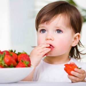 Рациональное питание детей – особенности организации режима приема еды и составления меню