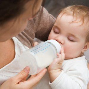 Смеси для новорожденных: лучшие производители и способы приготовления для малышей до 6 месяцев