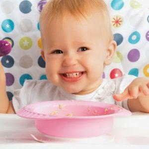 Прикорм ребенка – правила готовности малыша и таблица прикорма по месяцам
