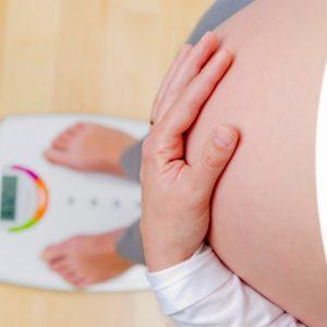 Вес при беременности: от чего зависит вес плода и нормы веса при беременности по неделям