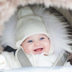 Как одевать ребенка зимой – советы по выбору одежды для прогулки на улице с новорожденными и маленькими детьми